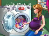 Play Pregnant Princess Laundry Day Game